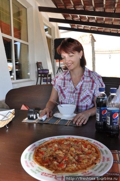 Эх, пицца была славная!