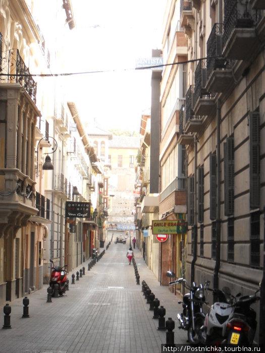 Любимые мощеные улицы. Хотя, нет. Тут уместнее будет уменьшительно-ласкательное