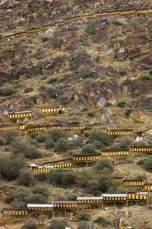Долгий путь в обход монастыря