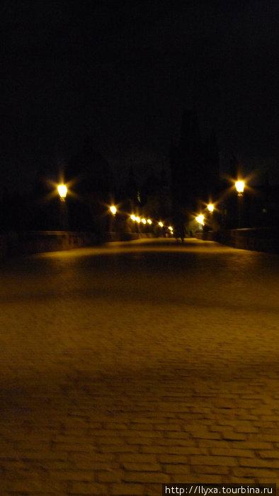 Таинственный ночной Карлов мост.