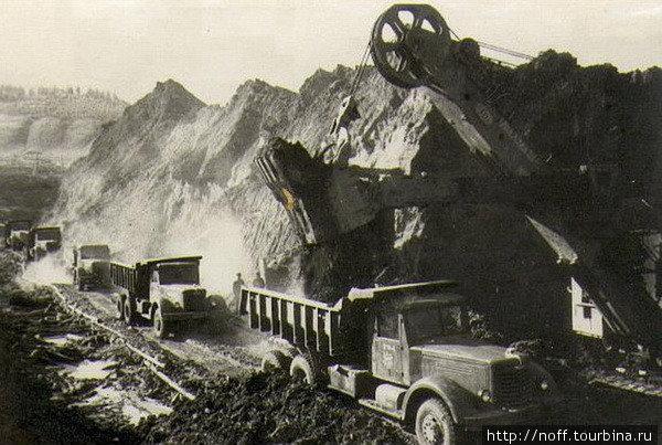 Местные горы стали источником строительного сырья.