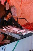 Субботний рыбный рынок в портовом районе Стивстон.