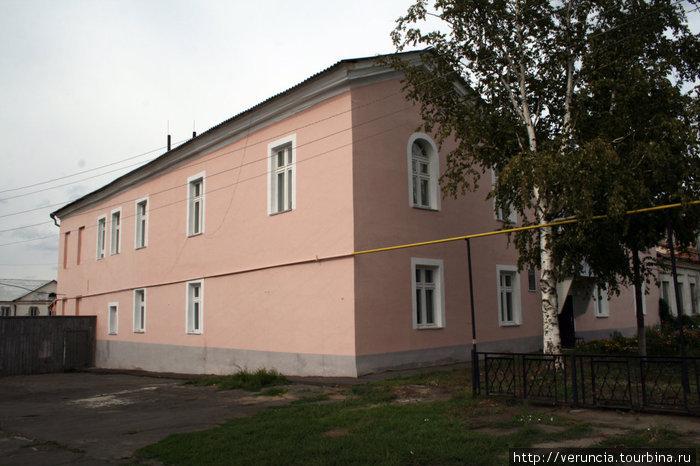 Здание музея после реконструкции советских лет.
