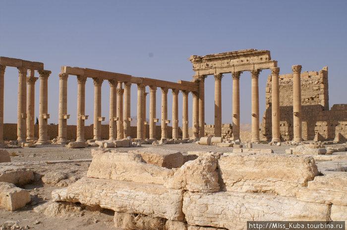 Руины пальмирского Храма Бела