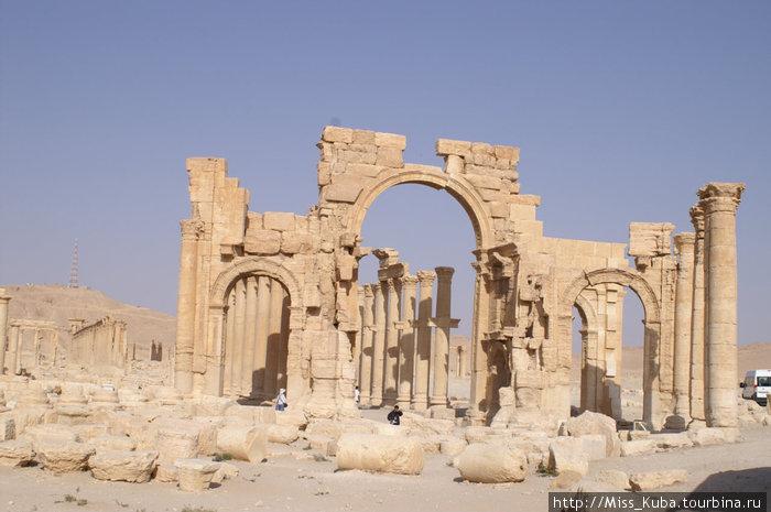 Триумфальная арка Пальмиры
