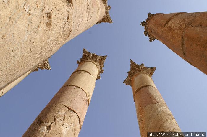 Те самые колонны Храма Артемиды в Джераше