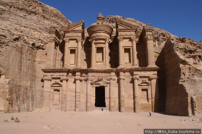 Монастырь Ad-Deir