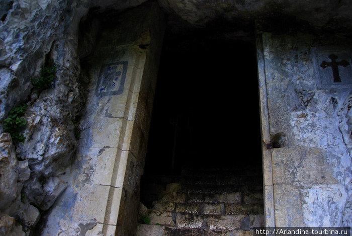 пещера апостола Симона Кананита
