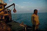 Пожалуй, это единственный рыбак, который бодровствовал в такую рань.