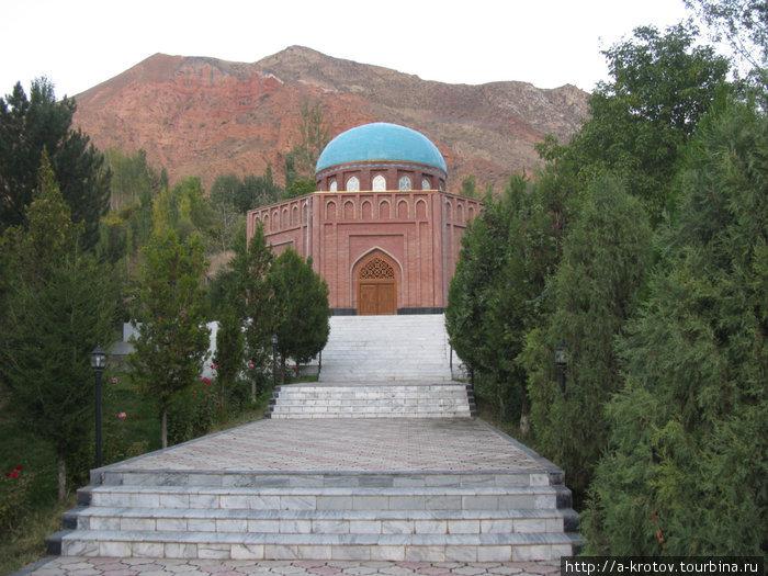 Мавзолей Рудаки Панджруд, Таджикистан