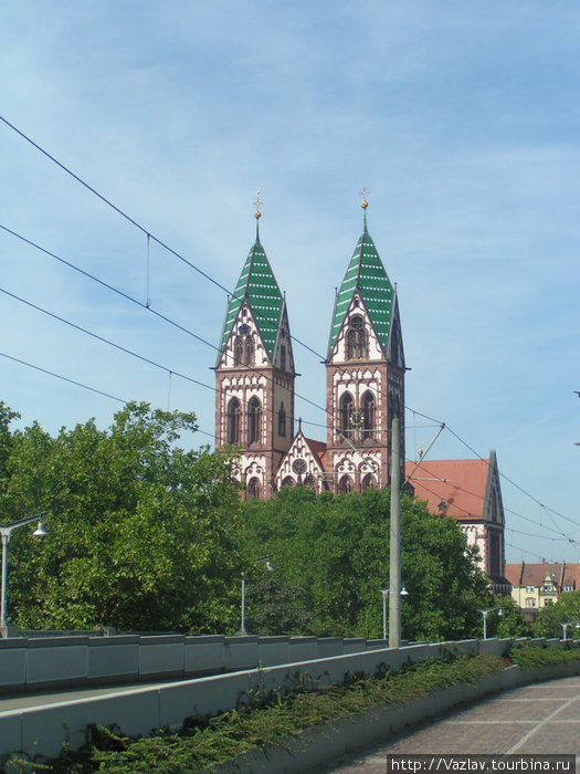 Башни церкви