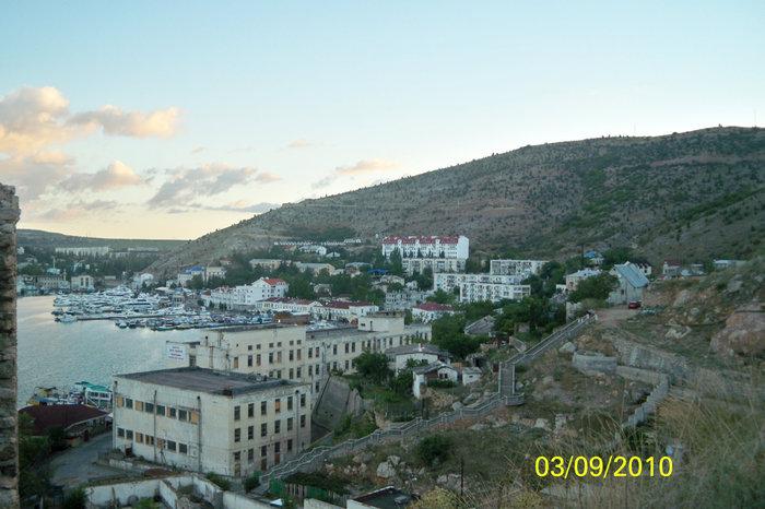 Балаклавская бухта с высоты 1го уровня крепости Чембало
