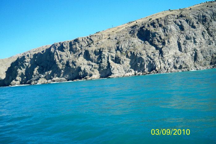 Морская прогулка вдоль берегов Балаклавы к мысу Ай-Я
