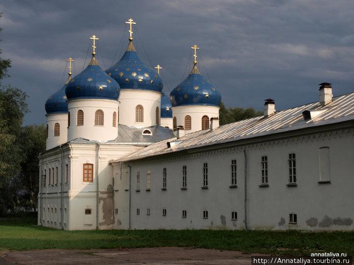 Кресто-Воздвиженский собор