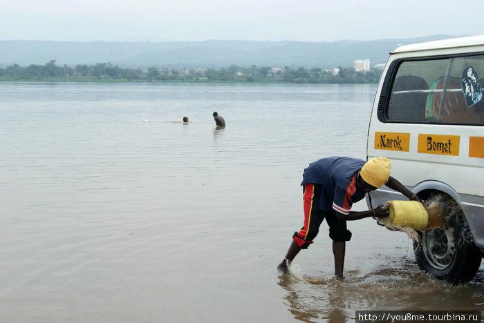 на озере Виктория, Кения