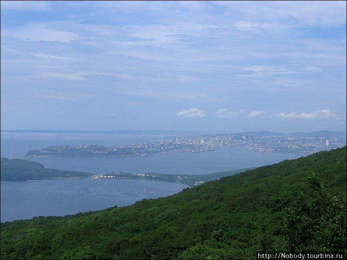 Владивосток — хуже, но тоже можно разглядеть.