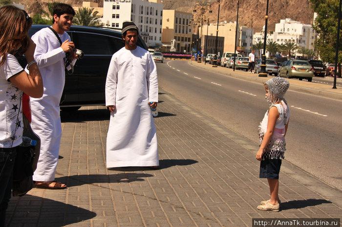 Как и во всех арабских странах, в Омане боготворят детей