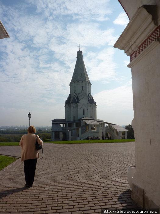 Храм Вознесения Господня — высота 62 метра