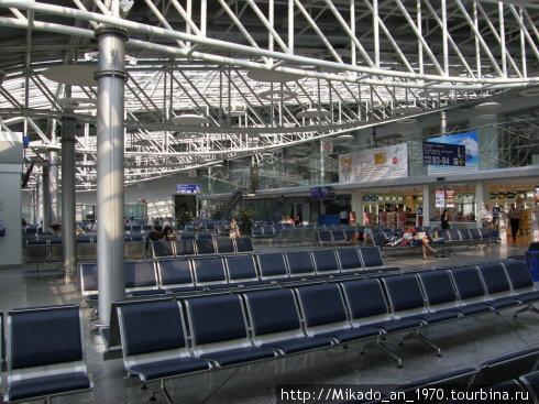 В Бориспольском аэропорту — накопитель