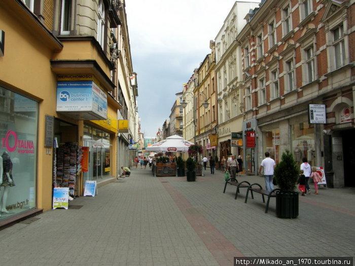 Одна из центральных улиц в Катовице