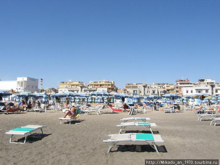 Пляж, похож на наш Азов