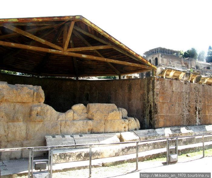 Здесь убили Юлия Цезаря