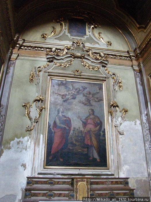 Картина внутри церкви в Бергамо