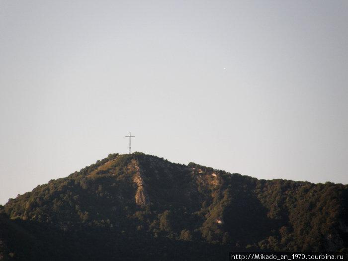 Или крест навершине, или опора ЛЭП