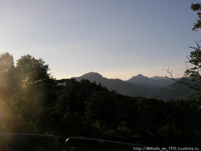 Закат над Альпами
