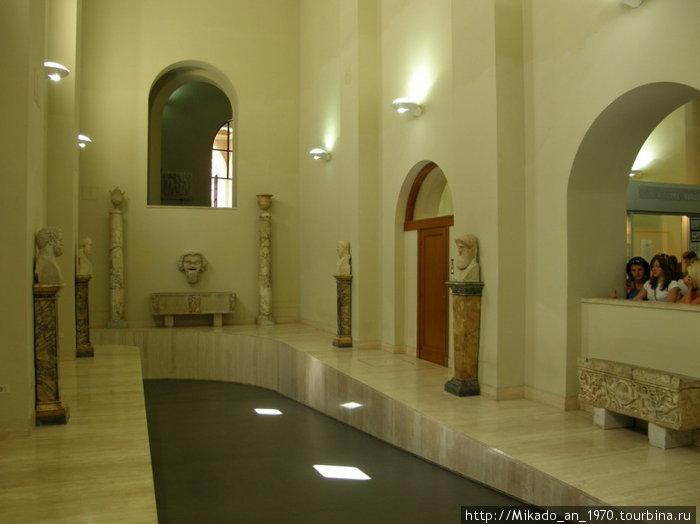 Недалеко от почты Ватикана