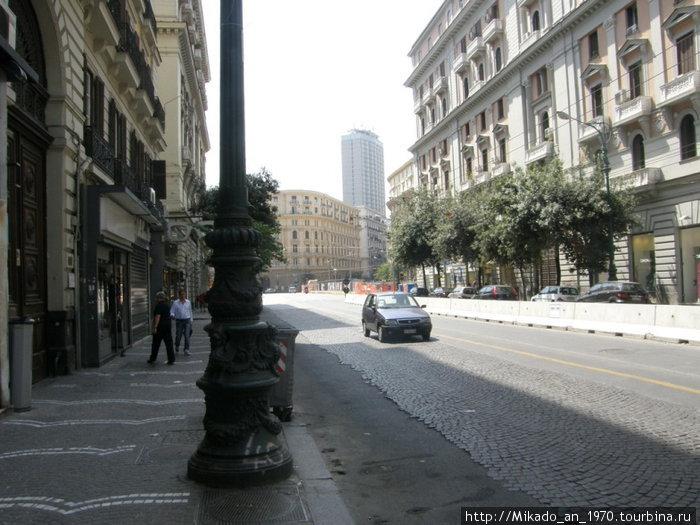 Неаполь — корсо Умберто