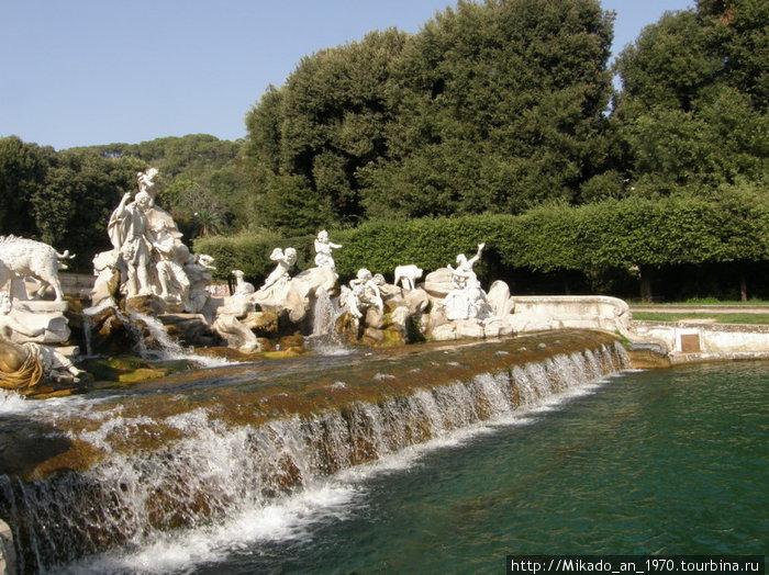 Скульптурный водопадик ниже по течению