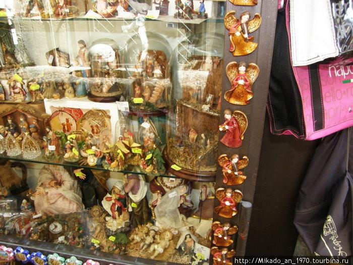Неаполитанские сувениры