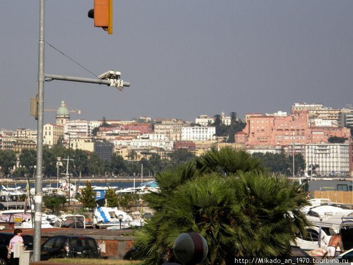 Фрагмент набережной в Неаполе