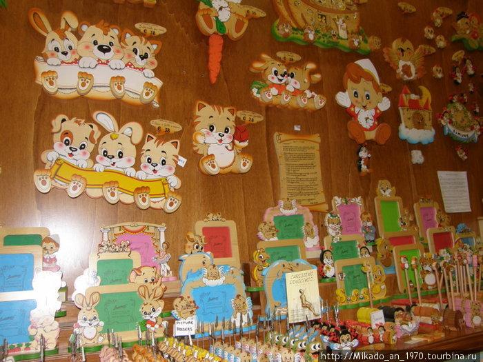 В магазине Пинокио