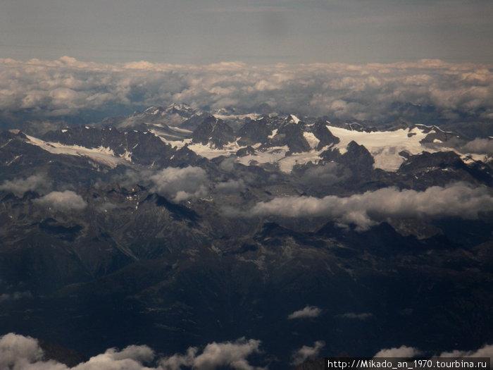 Пролетая над Альпами