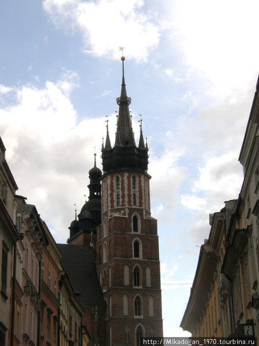 Острый шпиль в Кракове