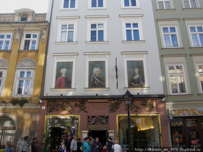 Такая вот ресторация в центре старого Кракова