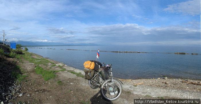 На берегу Байкала. Респуб