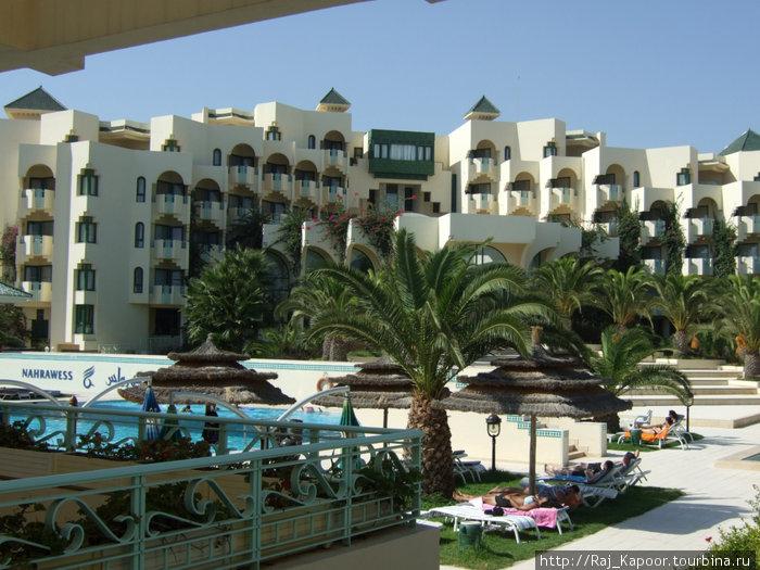 центральная территория отеля