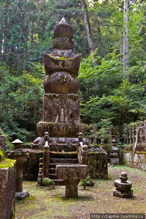 Сугэн-ин-Куёто — могила в