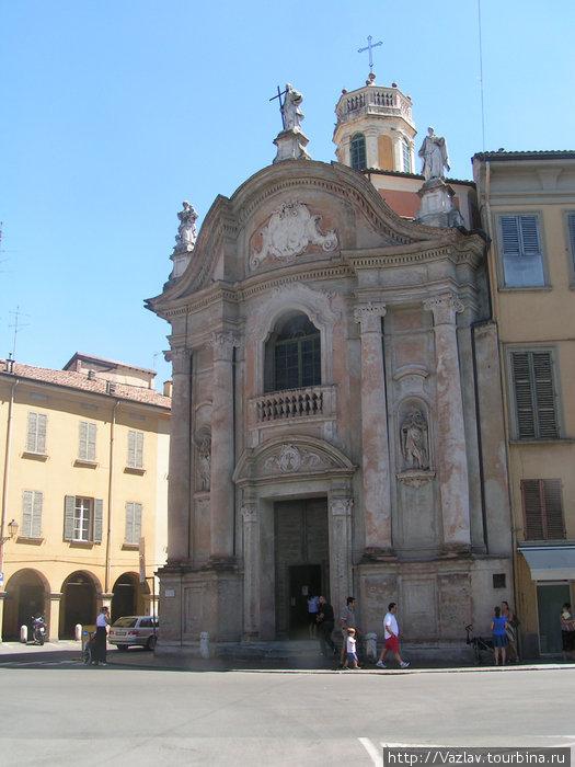 Взгляд на церковь