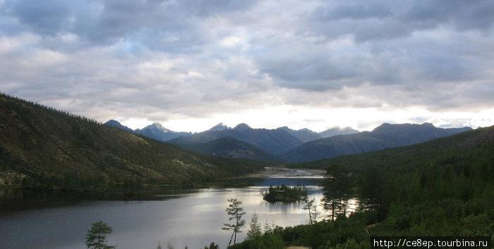 Самая высокая вершина — это пик Абориген — высшая точка Магаданской области Магаданская область, Россия