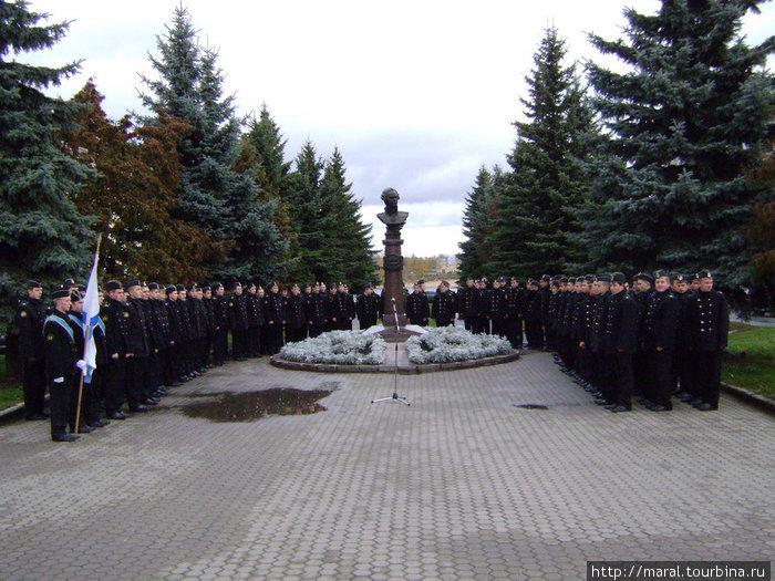 Учащиеся Рыбинского речного училища — хранители традиций российского флота