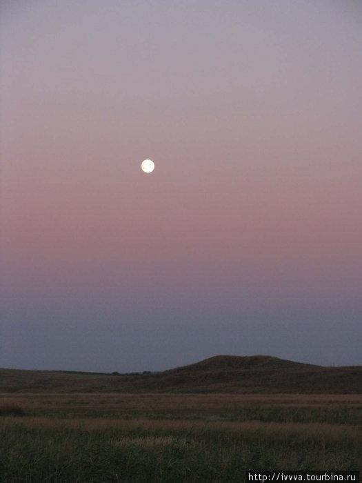 Луна над Комендантской