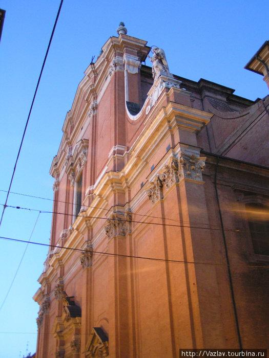Фрагмент фасада собора