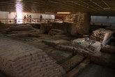 Руины древнего храма Майа Деви