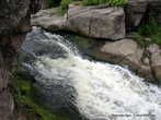 Водопад несколько похож на крутой перекат: не падает вода вертикально, но...