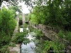 Пока от ГЭС еще остались некоторые уцелевшие гидротехнические сооружения.