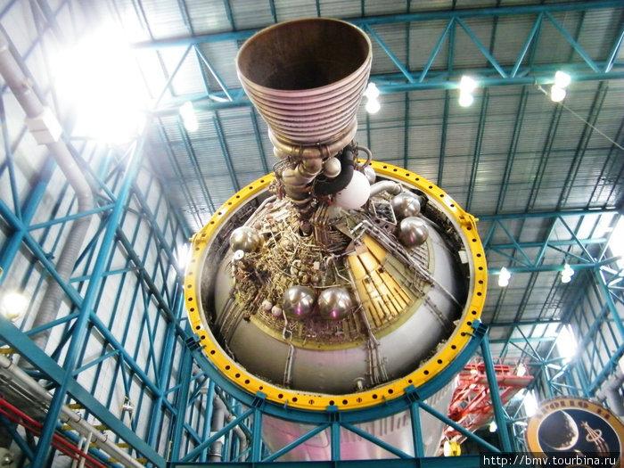 3-я ступень ракеты Сатурн.